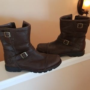UGG Hip Zip Moto Brown Distressed Leather Boots 6